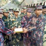 স্বাধীনতা দিবসে বিএসএফকে মিষ্টি পাঠিয়েছে বিজিবি
